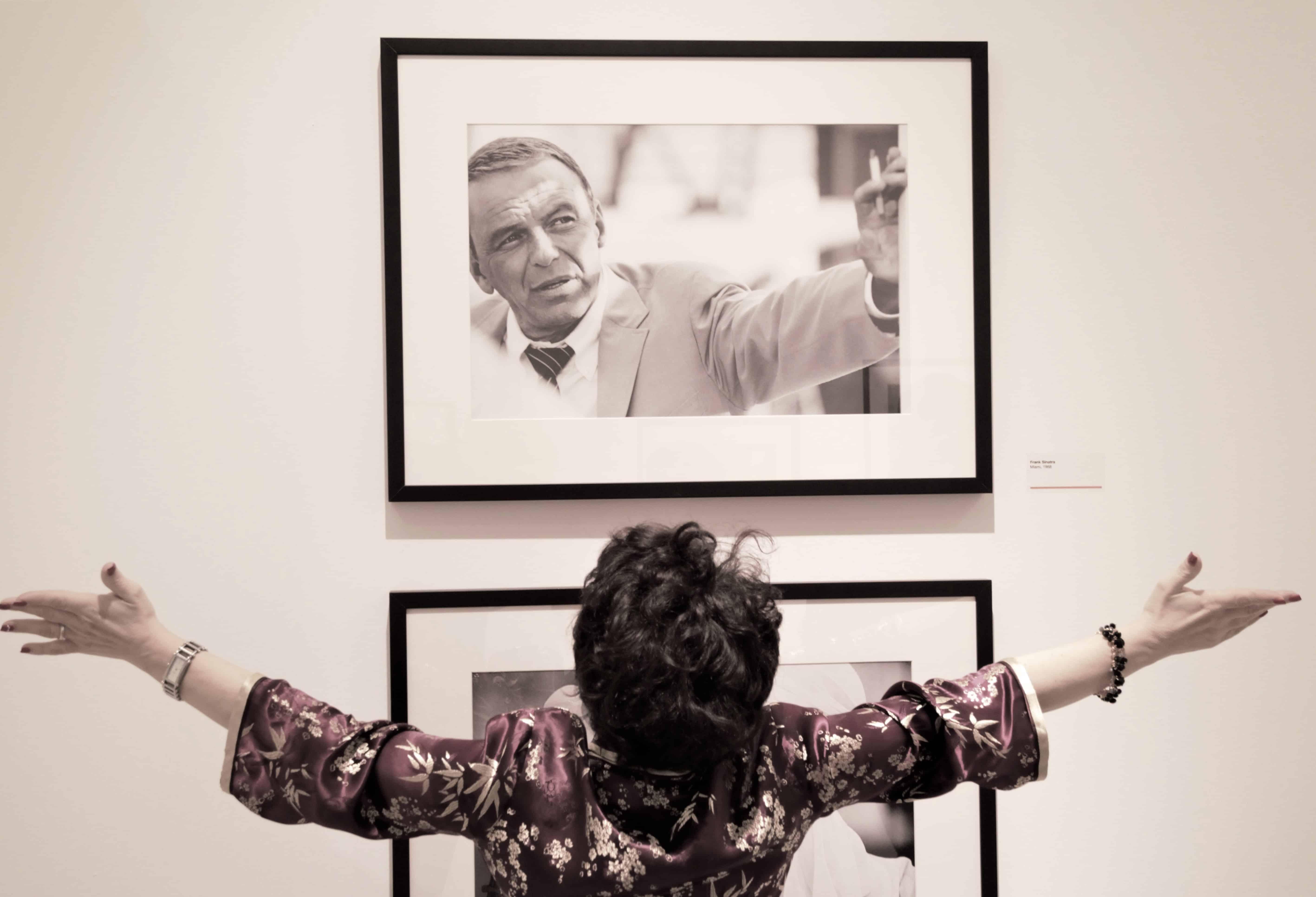 Stars, i migliori scatti di Terry O'Neill al Magazzino delle Idee a Trieste