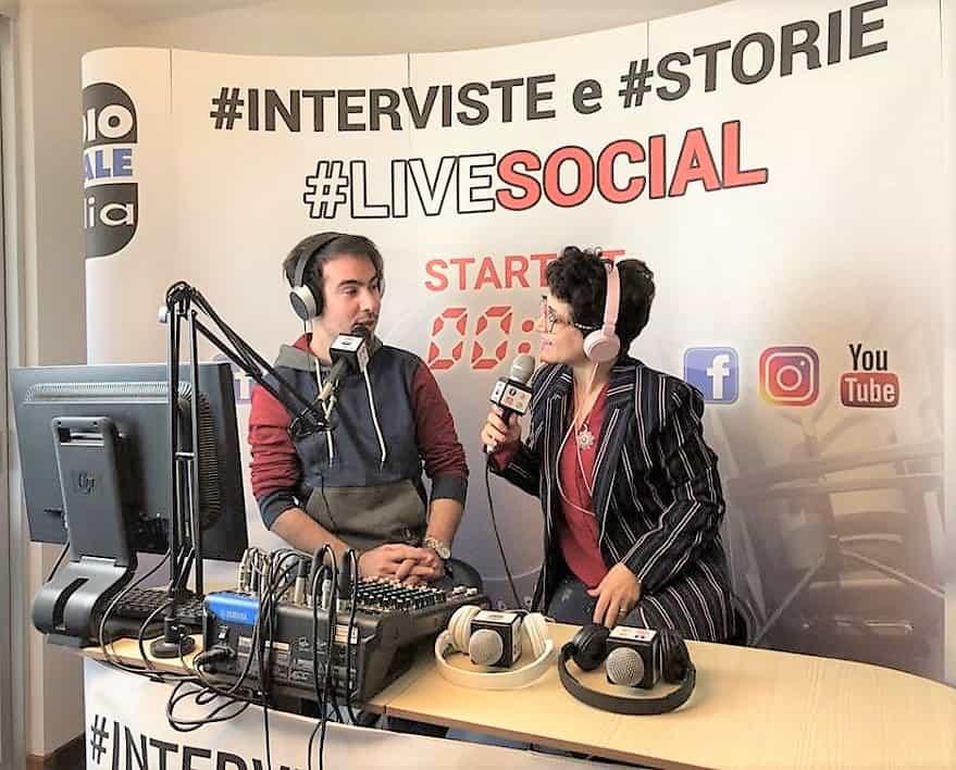 Perché le interviste radiofoniche piacciono molto? La mia esperienza come Personal Shopper